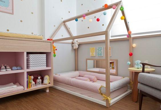 Imagem de quarto montessoriano para bebê