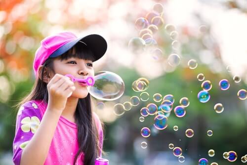 Espalhe a magia das bolhas de sabão